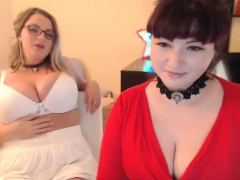 bbw chick with huge boobs blowing dick