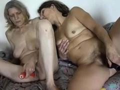 Omapass Amateur Mature Lesbians Toy Masturbation