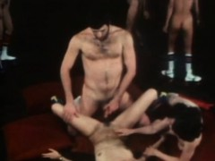 classic-sex-orgy-in-the-club