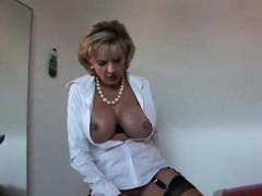 Unfaithful English Milf Gill Ellis Reveals Her Oversized Jug