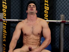 muscular-gym-hunk-solo-milking-cock-till-cum