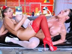 leroyz-two-hot-lesbian-nurses-having-orgasms