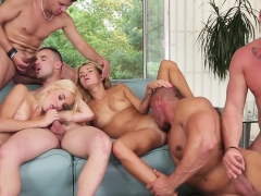 Dude Blows In Bisex Orgy