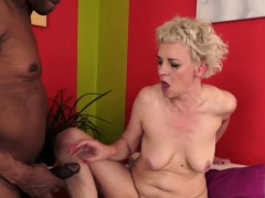 hairy amateur granny gets slammed by bbc WWW.ONSEXO.COM