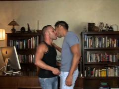 muscle-son-anal-sex-and-cumshot