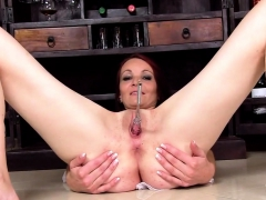 Slutty czech girl gapes her soft snatch to the bizarre10UXj