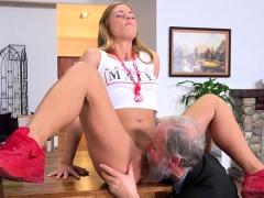 slut chrissy fox gets doggystyled by rich old dude