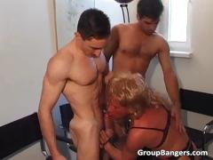 amateur-gang-bang-party-with-some-mature-part3