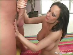 voloptuous-cougar-working-big-shaft