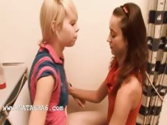 natasha-and-alice-love-bang-girls