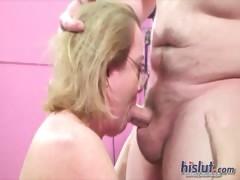 molly-swallows-cum