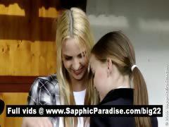 lovely-blonde-amateur-lesbians-kissing-and-having-lesbian