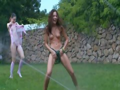 russian-chicks-watersports-in-the-grass