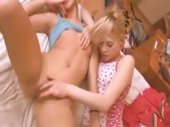 portuguese-girl-getting-kinky-with-girl