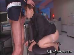 hot-and-sexy-asian-secretary-blows-rigid-part3