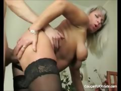 unfaitful-cougar-wife-in-action