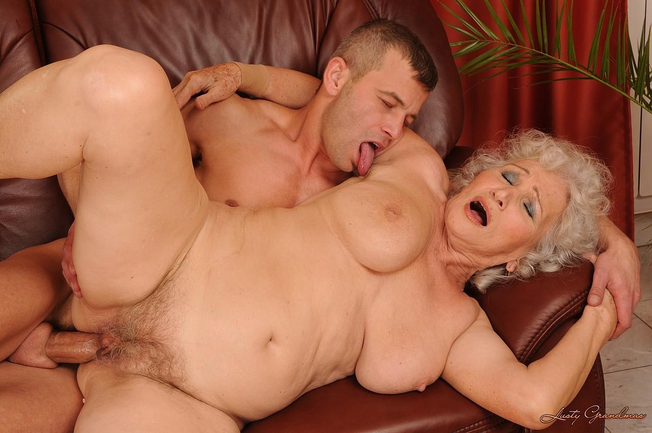 смотреть порно фильмы со старушками