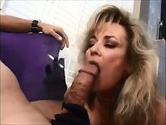 cougar-wife-knows-how-to-please