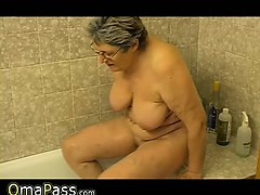 Granny Masturbate Herself With A Toy In Bath Omapass
