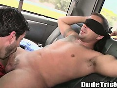straight-stud-gets-blowjob-from-a-skinny-amateur