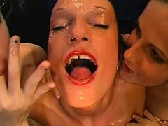 Wild Cunt Pleasuring For Lovely Babes