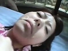 hairy-japanee-girl-gets-a-facial