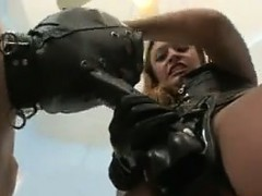 dominatrix-fucking-with-a-strapon