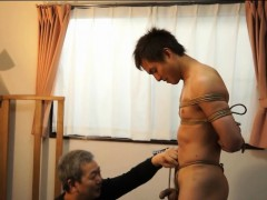 Japanese Teen Gets Bound With Rope