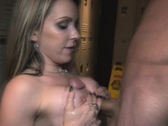 courtney-strips-at-the-club-and-suck-cock