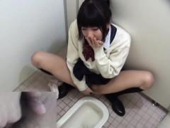 japanese-slut-pissing
