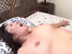 mature-japanese-woman-gets-creampied