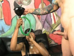 black-ghetto-slut-spits-all-over-during-face-fucking