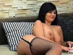 brunette-beauty-with-big-tits-masturbating