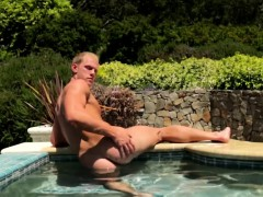 Ripped Hunk Solo Fun Outdoors And Posing