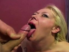 cumming-onto-amateur-faces-and-mouths