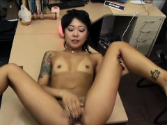 Hot Asian Gives A Massage And Fucked