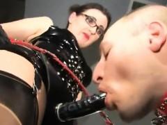 Видеосекс с принуждением
