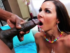 voluptuous-and-milf-kendra-lust-gets-her-fucked-by-lexington