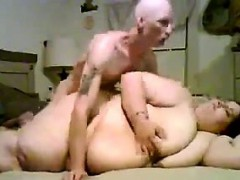 big-woman-and-a-small-guy-fuck