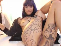 Tattood Milf Spreads On Webcam