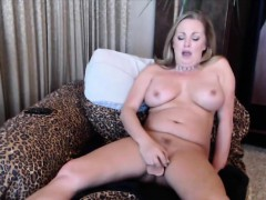 squirting-pale-milf-nikki-with-sweet-big-tits