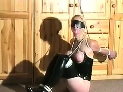 amateur-bdsm-and-spanking-with-beauty-slave-alexa