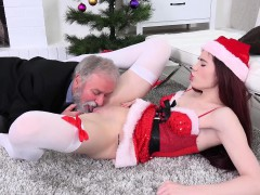 old goes young – old dude knows how to eat pussy