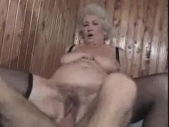 Съемка женского туалета