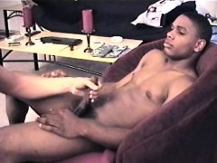 swallowing-straight-jedis-10-inch-cock