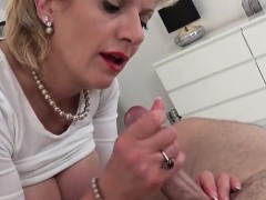 Adulterous English Mature Lady Sonia Reveals Her Monster Hoo