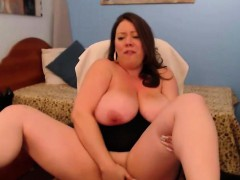 busty-woman-gets-pleasure-from-their-work-a-webcam-model