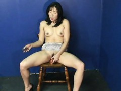 fantastic-asian-babe-rubbing-on-her-wet-pussy-all-alone