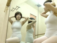 chubby-japanese-girl-changes-her-clothes-to-get-ready-to-ex