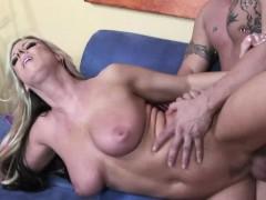 Horny Carolyn Reese Has A Lot Of Dirty Skills